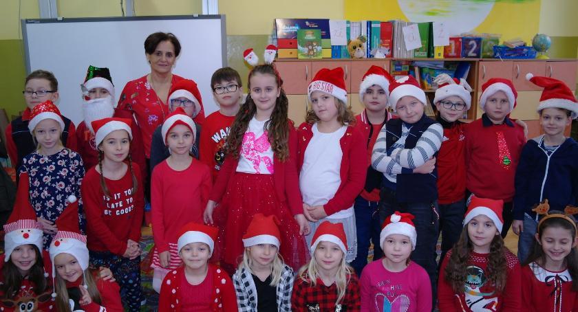 Szkoły podstawowe, Mikołajki Szkole Podstawowej Brześciu Kujawskim - zdjęcie, fotografia