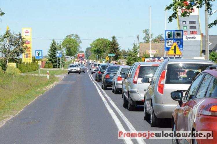 Ludzie_, Szykują utrudnienia trasie Lubraniec Brześć Kujawski - zdjęcie, fotografia
