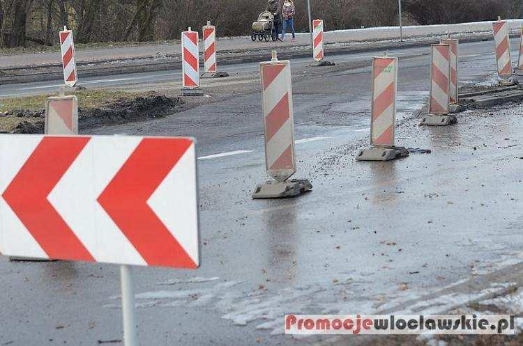Społeczeństwo, Uwaga kierowcy! czwartku organizacja ruchu Włocławku Gdzie razem - zdjęcie, fotografia