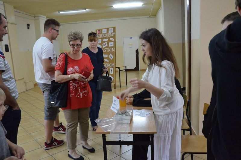 Koncerty, Koncert charytatywny Lubieniu Kujawskim - zdjęcie, fotografia