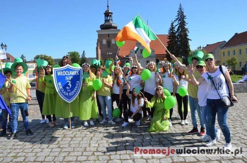 Święta państwowe i religijne, Parada Schumana Włocławku - zdjęcie, fotografia