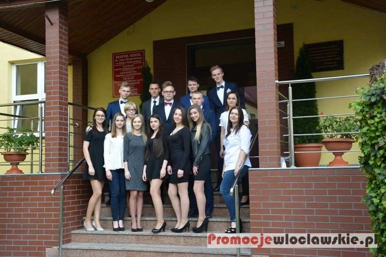 Inne_, Pożegnanie Absolwentów Zespole Szkół Kasprowicza Izbicy Kujawskiej - zdjęcie, fotografia