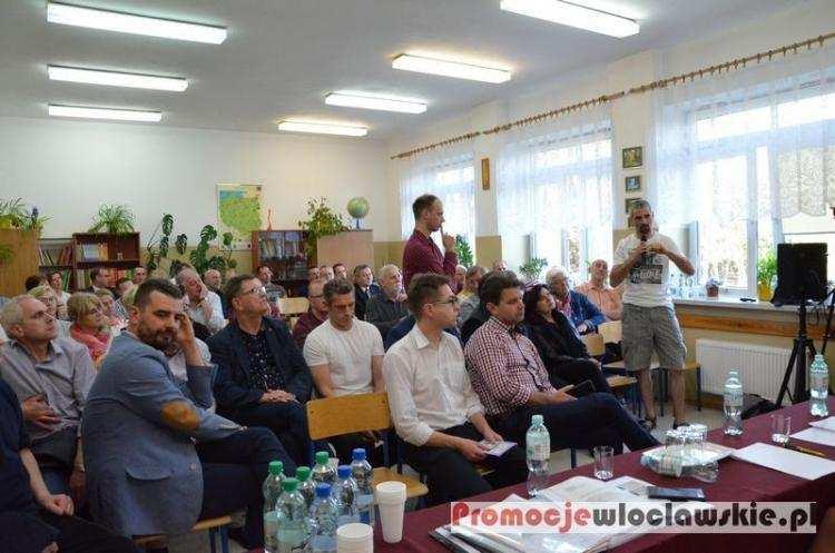 Polityka, Prezydent Włocławka spotkał mieszkańcami Michelina [ZDJĘCIA] - zdjęcie, fotografia