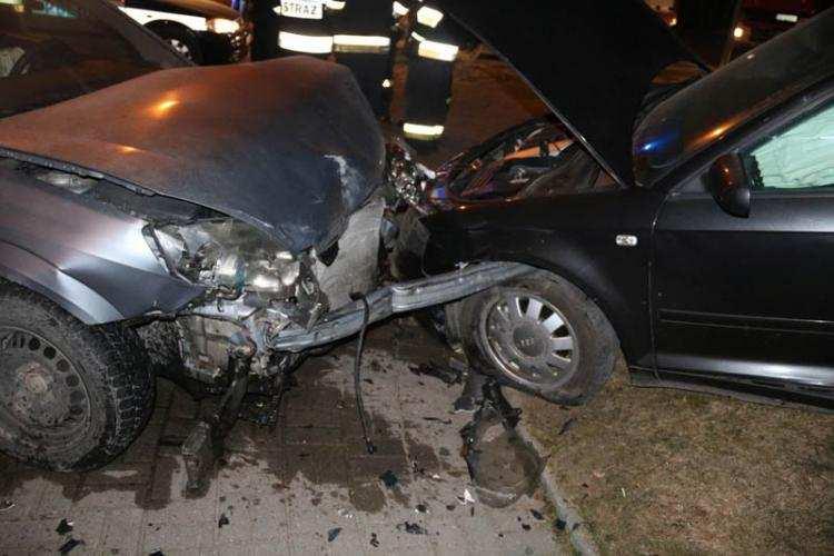 Informacje z regionu, latek wiózł osób czego jedną bagażniku Spowodował wypadek [REGION] - zdjęcie, fotografia
