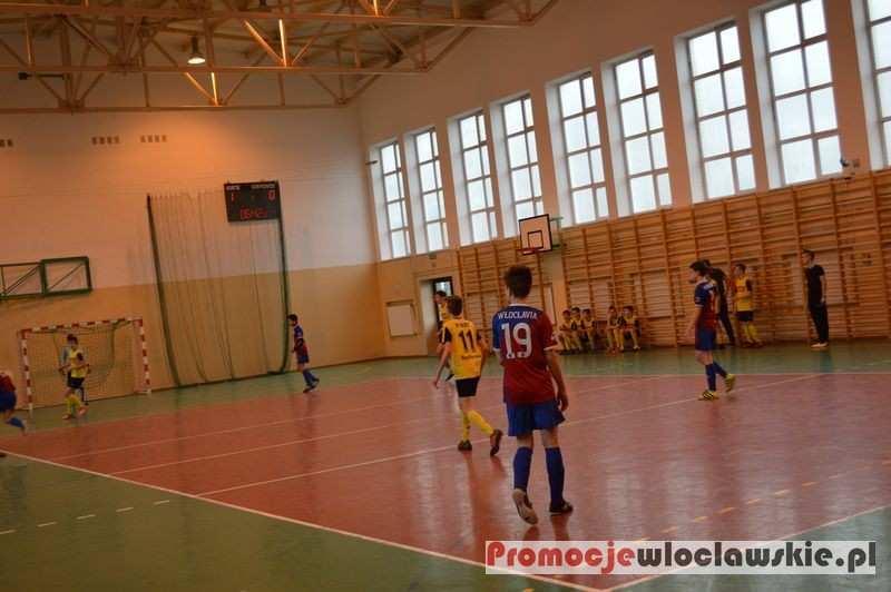 Piłka nożna, Halowy Turniej Trampkarzy Puchar Włodzimierza Pamfila Lubaniu - zdjęcie, fotografia
