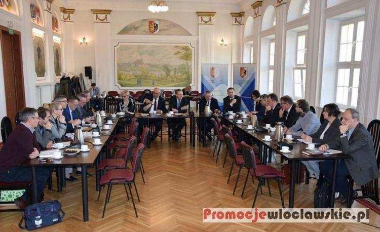 Polityka, Łódzka Specjalna Strefa Ekonomiczna stawia współpracę Powiatem Włocławskim Będą inwestycj - zdjęcie, fotografia