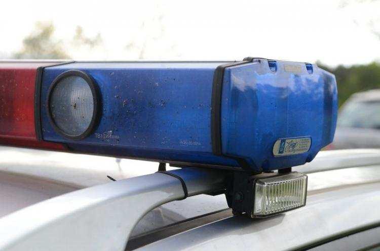 Region_, Postawiła policję regionie Znaleźli zziębniętą leżącą rowie - zdjęcie, fotografia