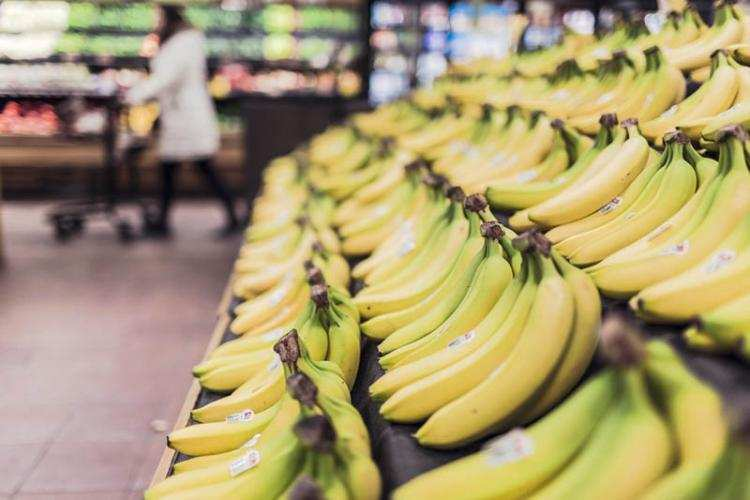 Polityka, decyzja stycznia zakaz handlu niedziele które - zdjęcie, fotografia