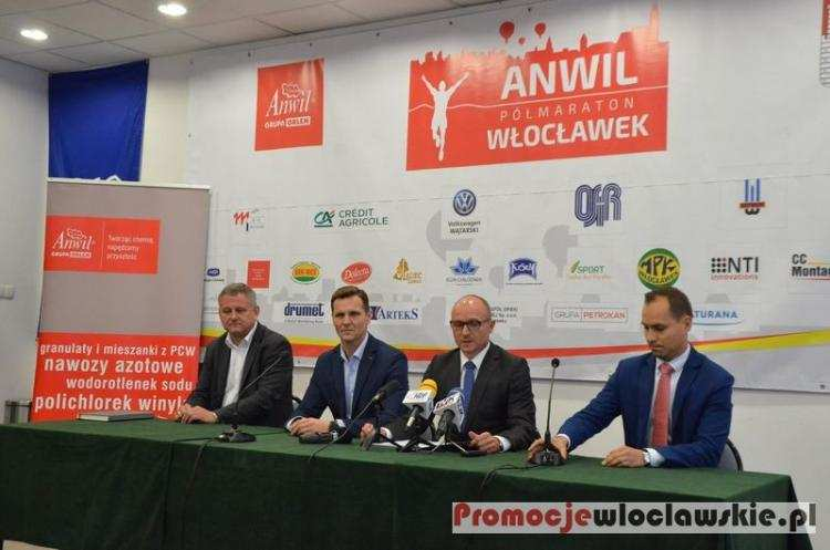 Samorząd Powiatu Włocławskiego, Największa impreza sportowa regionie październiku Włocławku - zdjęcie, fotografia