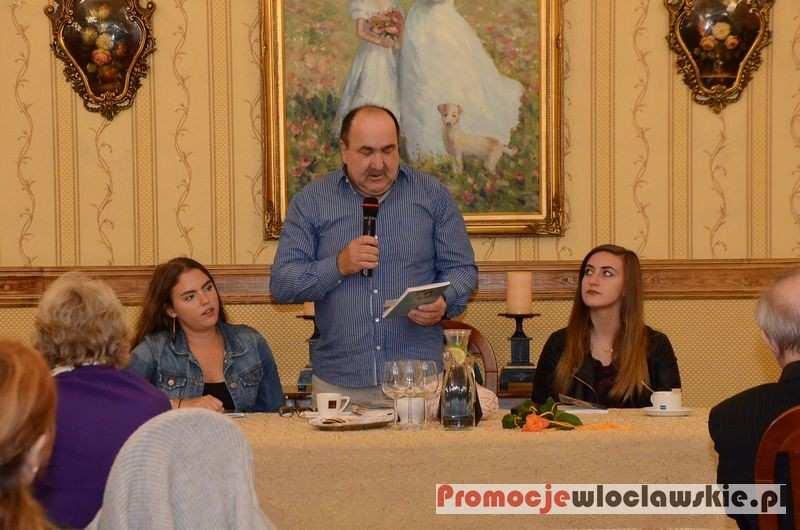 Fotoreportaże_, Spotkanie poety prozaika Jarosława Wojciechowskiego Restauracji Impresja - zdjęcie, fotografia