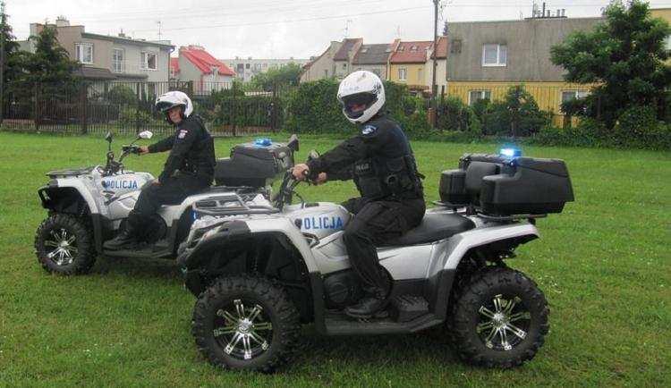 Społeczeństwo, Włocławska policja quady - zdjęcie, fotografia