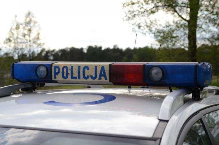 Policja - komunikaty policyjne, Mężczyzna spłonął żywcem Próbował ratować policjant - zdjęcie, fotografia