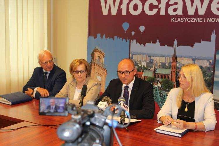 Biznes i polityka, Prezydent Marek Wojtkowski podsumował spotkania mieszkańcami - zdjęcie, fotografia