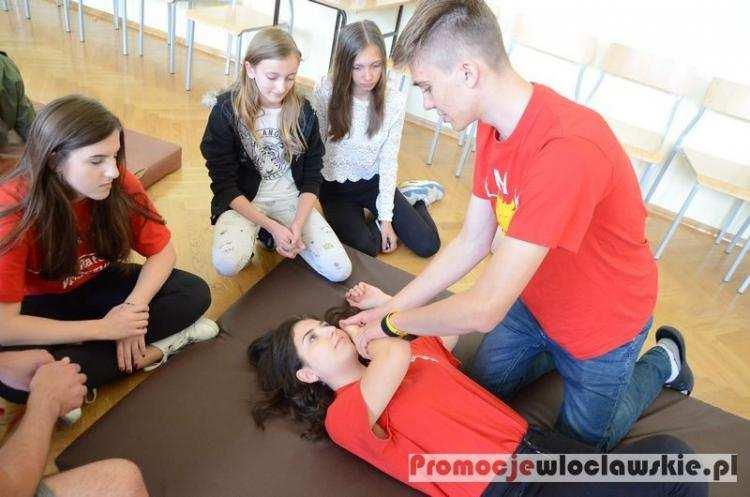 Szkoły podstawowe, spędzić bezpieczne wakacje Włocławku wiedzą [ZDJĘCIA] - zdjęcie, fotografia