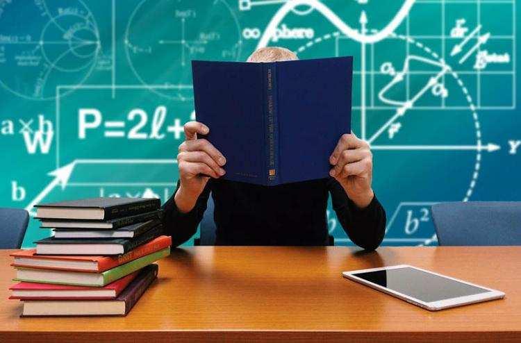 """Szkoły, Wielki sukces ucznia """"Elektryka"""" finale międzynarodowego konkursu matematycznego - zdjęcie, fotografia"""