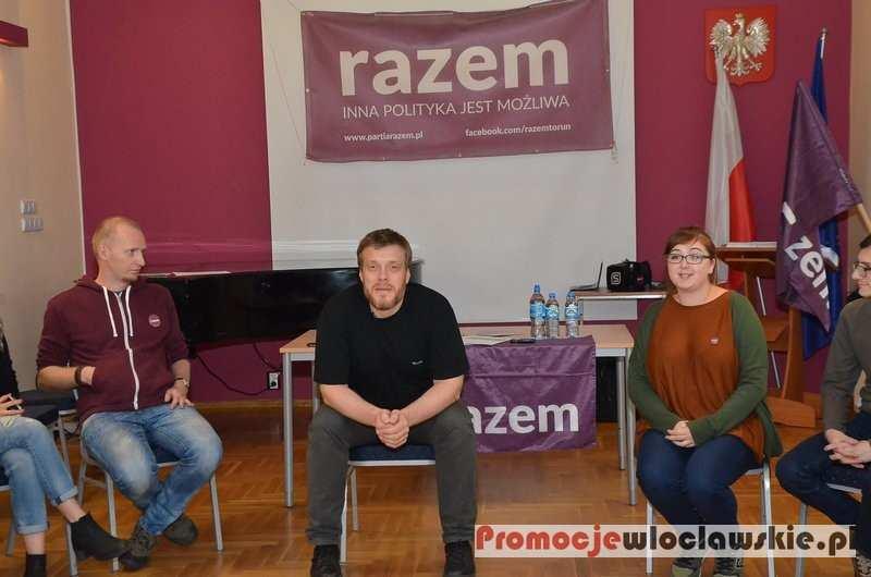 Inne_, Spotkanie Partii Razem Adrianem Zandbergiem Włocławku - zdjęcie, fotografia