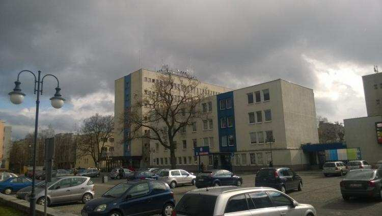 Szkoły podstawowe, szkole było głośno udało zapełnić miejsc dalej Baczyńskim - zdjęcie, fotografia
