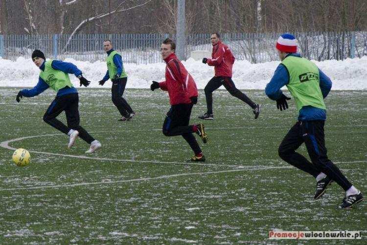 """Piłka nożna, Włocławskie """"Orliki"""" zapraszają zajęcia Zachęcamy bezpłatnej rekreacji ruchowej - zdjęcie, fotografia"""