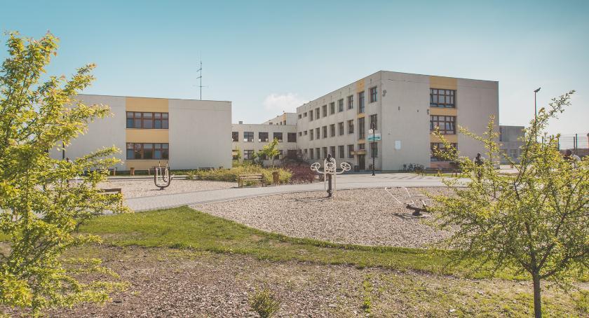 Polecamy, Jubileusz lecia Szkoły Podstawowej Brześciu Kujawskim niebawem - zdjęcie, fotografia