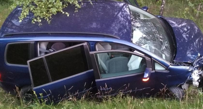 Wypadki drogowe, Zderzenie dwóch samochodów kobiety trafiły szpitala [FOTO] - zdjęcie, fotografia