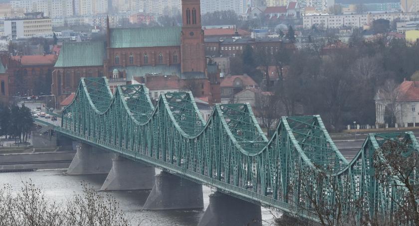 Ludzie_, Skoczek moście Włocławku sparaliżował - zdjęcie, fotografia