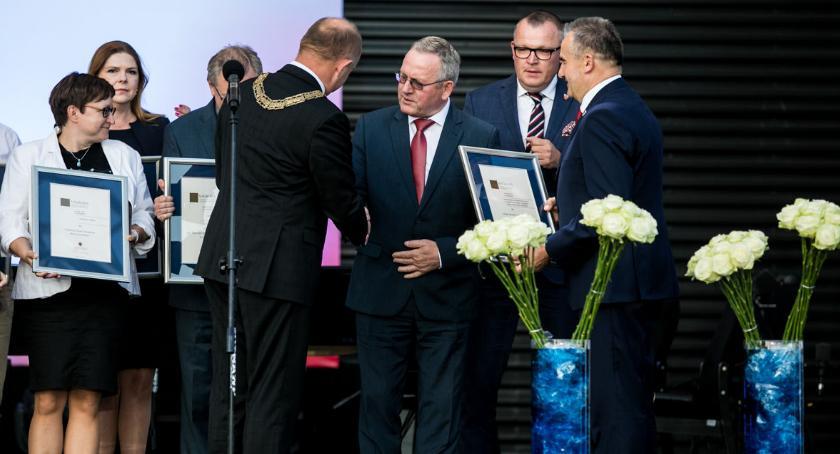 Sejmik, Brześć Kujawski liderem regionie Docenili - zdjęcie, fotografia