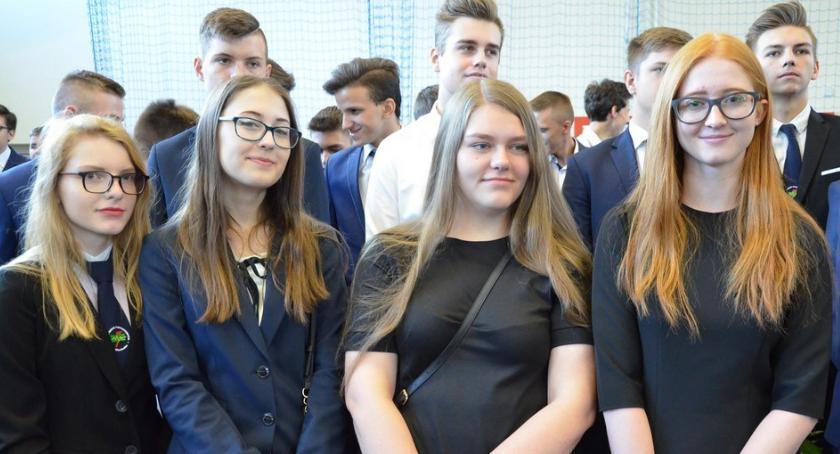 Szkoły średnie, Zakończenie szkolnego 2017/2018 Włocławek Elektryk - zdjęcie, fotografia