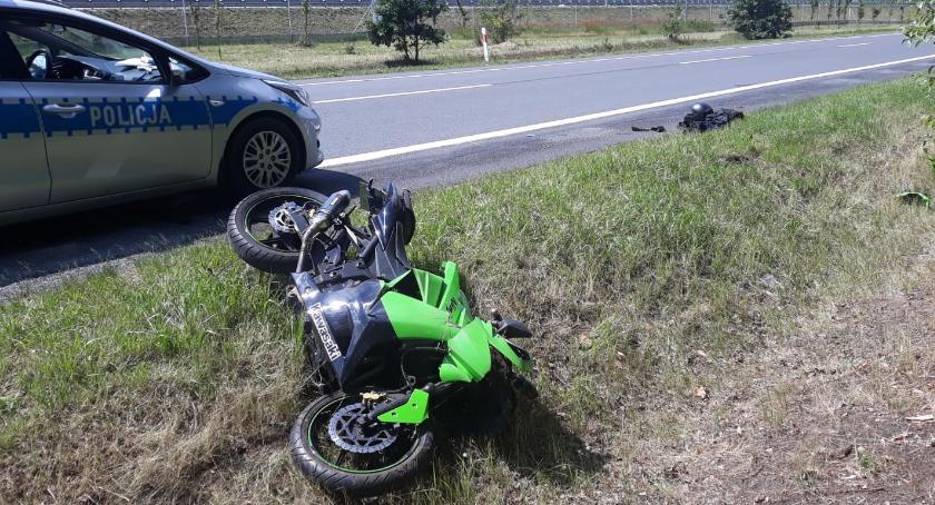 Wypadki drogowe, Wypadek udziałem motocykla Wygodzie powiat aleksandrowski - zdjęcie, fotografia