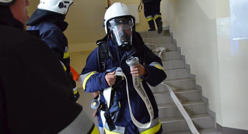 Ludzie_, Chcesz zostać strażakiem nabór służby Włocławku - zdjęcie, fotografia