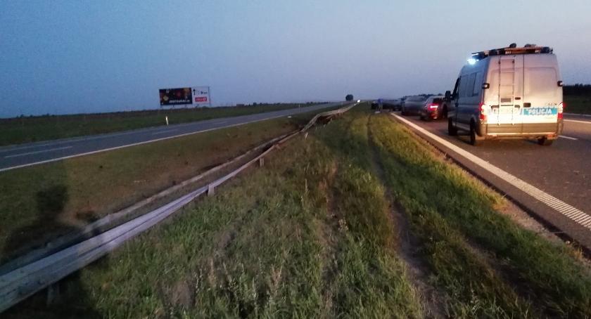 Wypadki drogowe, Wypadek autostradzie Gminie Włocławek Zderzyły samochody [FOTO] - zdjęcie, fotografia