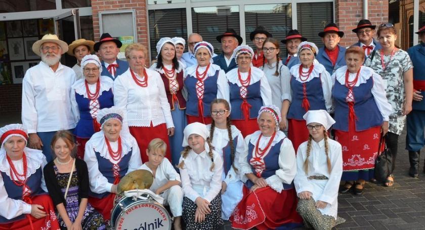Kultura, Przegląd Artystyczny Ruchu Seniorów Włocławku [ZDJĘCIA] - zdjęcie, fotografia