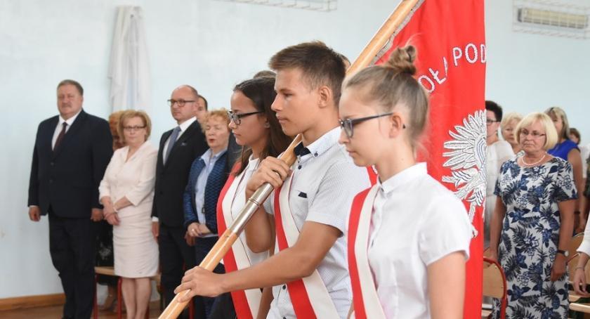 Szkoły podstawowe, Rozpoczęcie Szkolnego Włocławku Szkole Podstawowej 2018/19 [ZDJĘCIA] - zdjęcie, fotografia