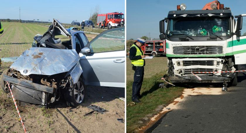 Wypadki drogowe, Tragiczny wypadek Gminie Brześć Kujawski Ciężarowe Volvo zmiażdżyło Skodę - zdjęcie, fotografia