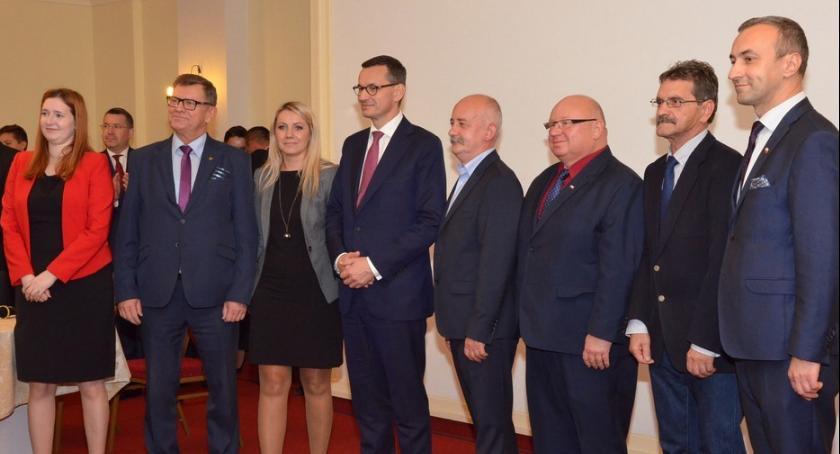 Polityka, Premier Mateusz Morawiecki przyjechał Włocławka [ZDJĘCIA] - zdjęcie, fotografia