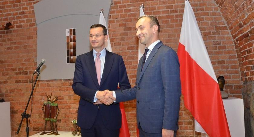 Polityka, Premier Mateusz Morawiecki Włocławku Poparł Jarosława Chmielewskiego [VIDEO] - zdjęcie, fotografia