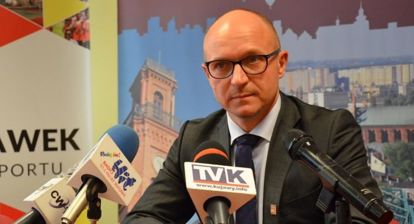 Polityka, Budżet Włocławka zagrożony Będą zmiany urzędowych stołkach - zdjęcie, fotografia