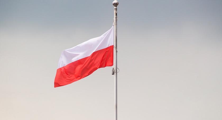 Święta państwowe i religijne, Lubraniec uczci Święto Niepodległości - zdjęcie, fotografia