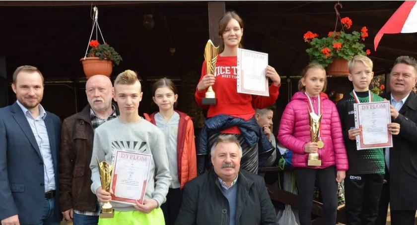 Biegi, Święto Niepodległości Zielonej Szkole Goreniu Dużym [ZDJĘCIA] - zdjęcie, fotografia