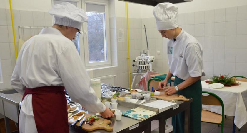 Szkoły średnie, Konkurs kulinarny Włocławku - zdjęcie, fotografia