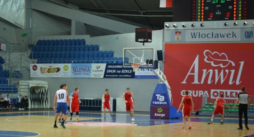 Koszykówka, Anwil wspiera koszykówkę dzieci Włocławskich szkół - zdjęcie, fotografia