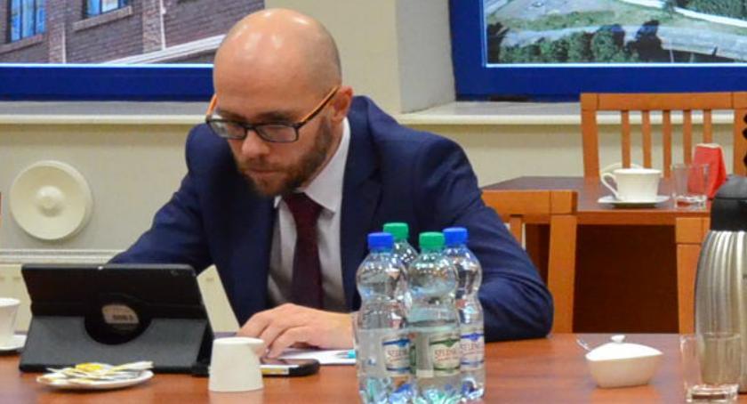 Rada Miasta , Radny Miasta Włocławek Jacek Buława wykluczony klubu - zdjęcie, fotografia