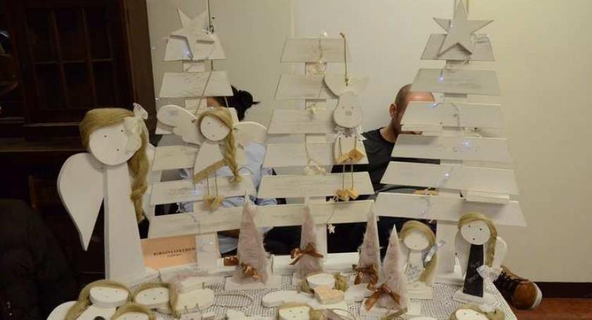 Polecamy, Kiermasz Bożonarodzeniowy Włocławku pomysłu prezent choinkę Przyjdź - zdjęcie, fotografia