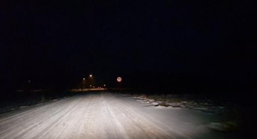 Komunikaty, Zasypało drogę Włocławku powiecie włocławskim Zgłoś [WYKAZ] - zdjęcie, fotografia