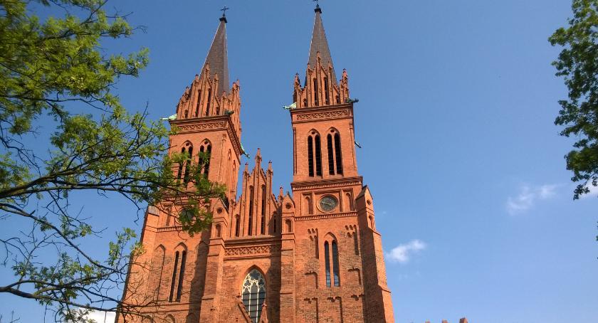 Kościół - Parafie , Prezydent nadał Katedrze Włocławskiej status Pomnika Historii dziękczynna wkrótce - zdjęcie, fotografia