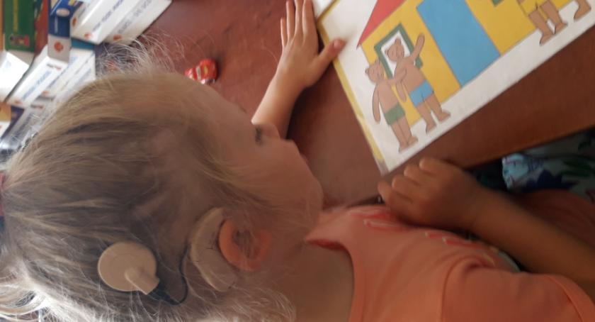 Polecamy, Wczesne wspomaganie rozwoju słuchu dzieci wadą słuchu Stowarzyszenie SURDO - zdjęcie, fotografia