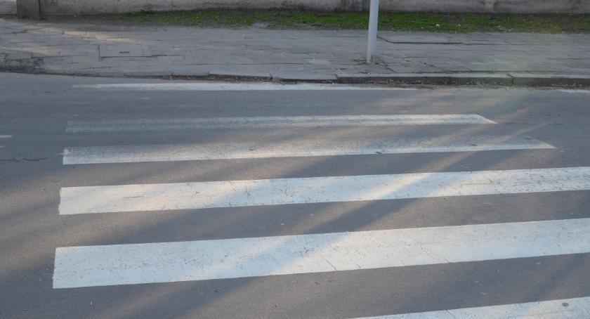Wypadki drogowe, Wypadek przejściu pieszych Zbiegniewskiej Włocławku - zdjęcie, fotografia