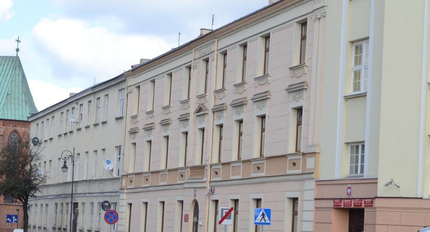 Samorząd Powiatu Włocławskiego, Starostwo Powiatowe Włocławku zmienia godziny urzędowania - zdjęcie, fotografia
