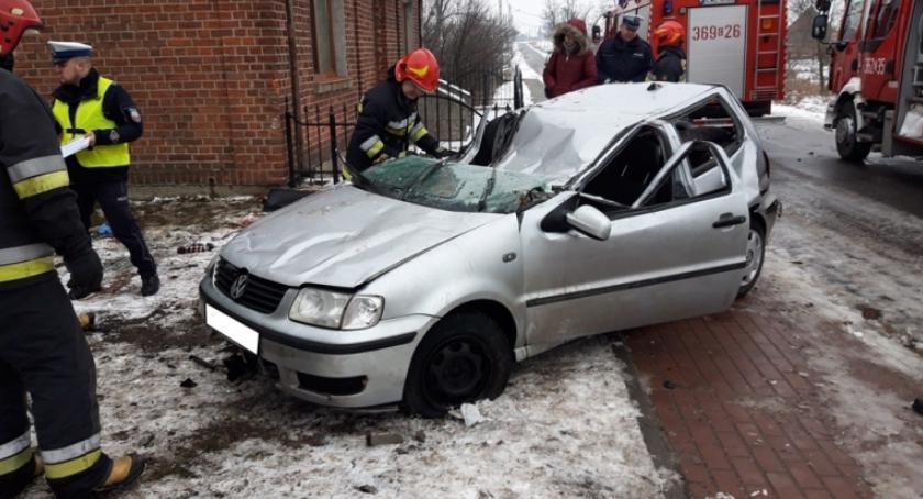 Wypadki drogowe, Śmiertelny wypadek Więsławicach Gminie Kowal żyje latek - zdjęcie, fotografia