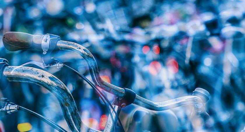 Sprawy kryminalne - kronika, Oznakowała wcześniej rower Policjanci odzyskali niecałą godzinę - zdjęcie, fotografia