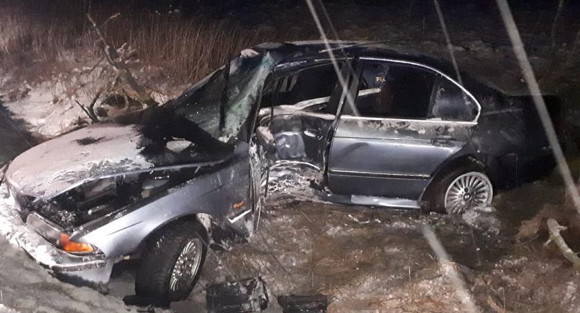 Wypadki drogowe, uderzyło drzewo powiecie rypińskim osób trafiło szpitala - zdjęcie, fotografia
